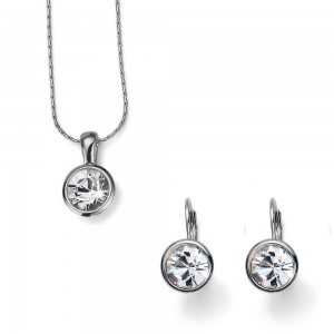 Simple Set Crystal Necklace...