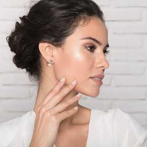 Post earring Twice