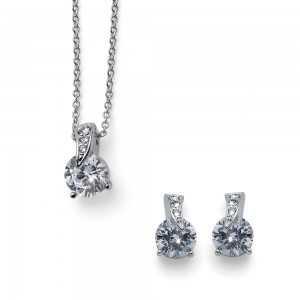 Joice Set Crystal Necklace...