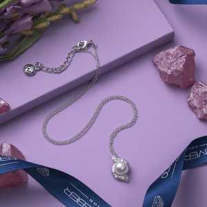 Pendant Bun pearls