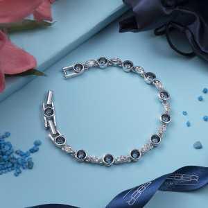 Bracelet Between